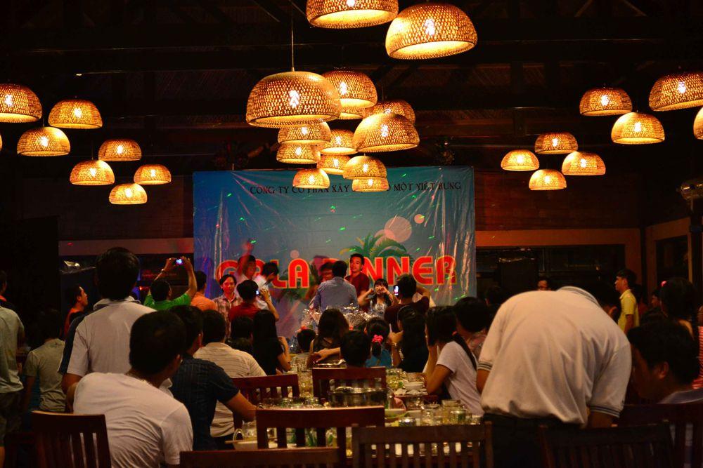 gala-dinner-cong-ty-viet-hung-jpg