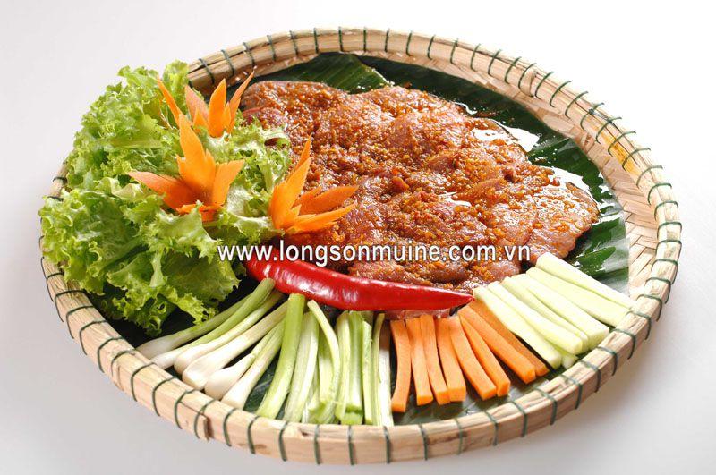 Bò nướng sốt Thái